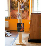 """Leaflet Stand """"H1"""" in wood"""