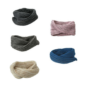 Twisted knitted scarf from Coarse Knit
